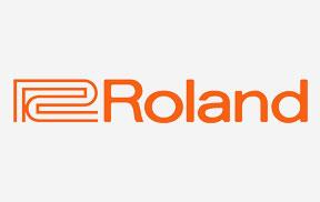 roland-2115.jpg