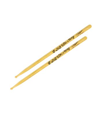 zildjian-artist-series-travrker-famous-ss-artist-series-drumsticks-zastbf